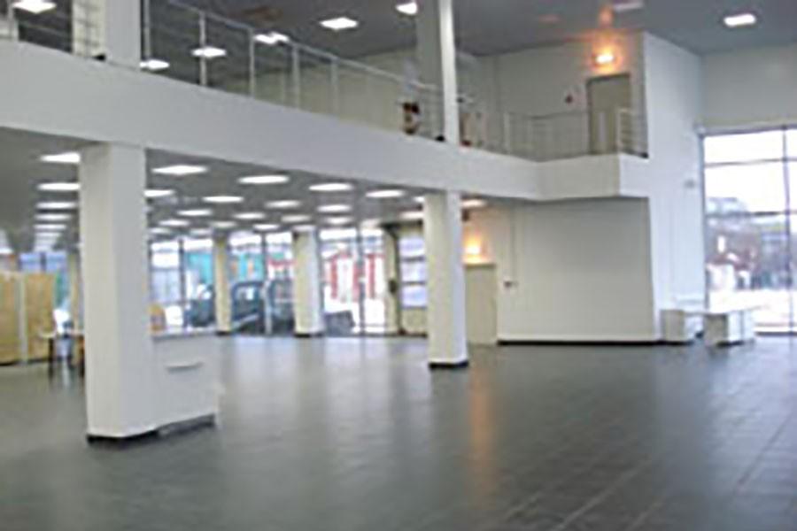 Автосалон и сервисный центр «Автомир-Рено»